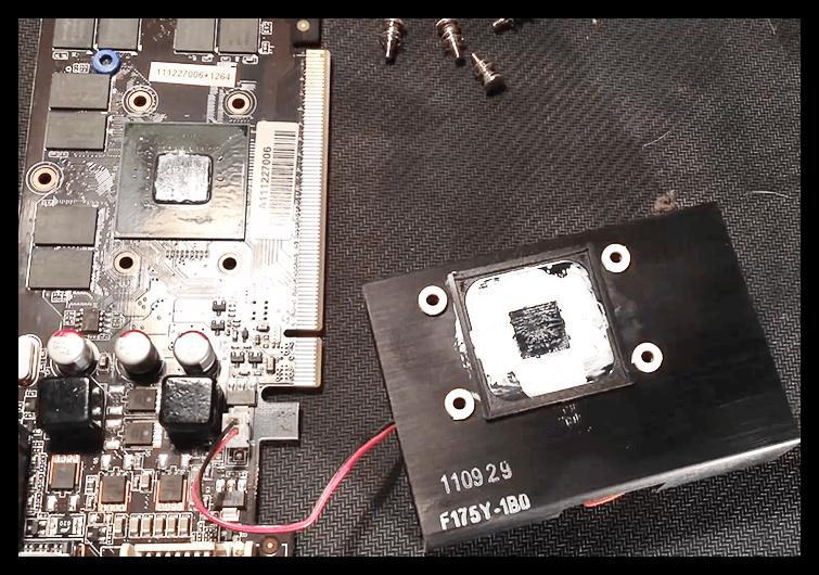 Демонтированная система охлаждения видеокарты при замене термопасты