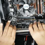 Как снять видеокарту с компьютера