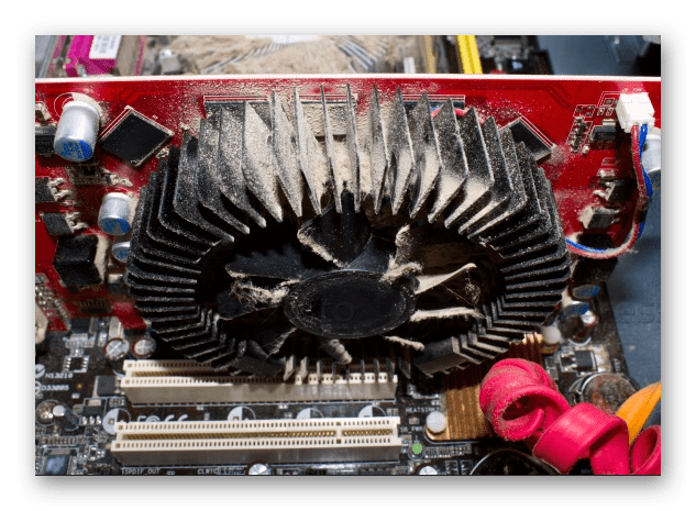 Пыль на кулере дискретного графического адаптера