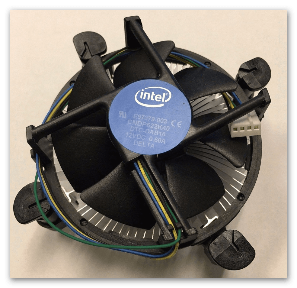 Боксовый кулер от Intel