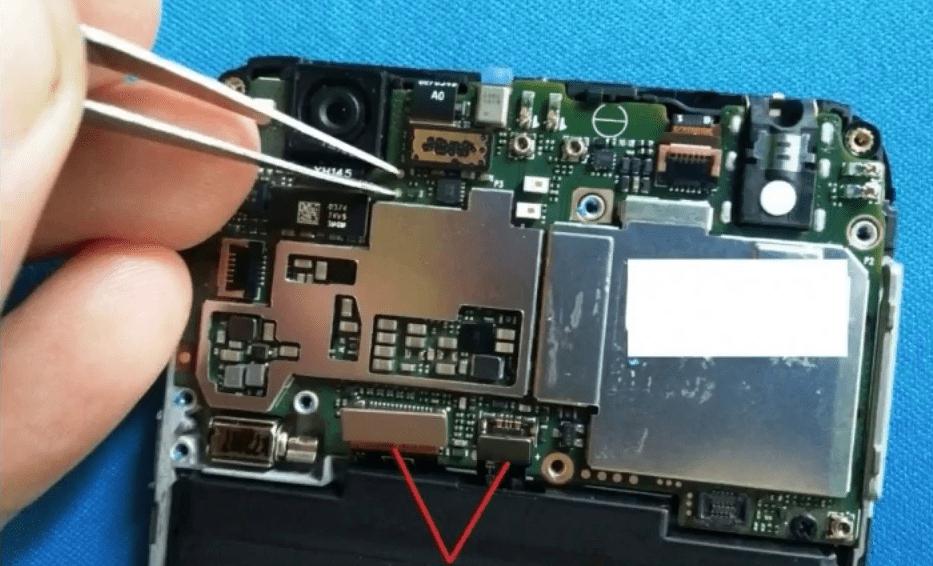 Xiaomi Redmi 4X тестпоинт на материнской платы устройтсва для его переключения в режим EDL