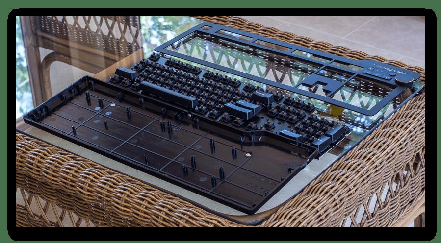 Полная разборка механической клавиатуры для дальнейшей чистки