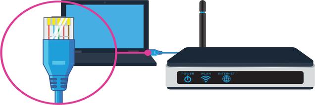 Подключение кабеля локальной сети к ноутбуку после соединения с роутером
