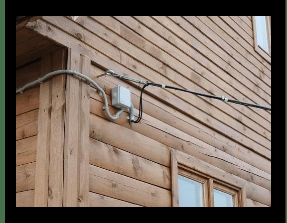 Проверка уличного кабеля сети при исправлении проблемы с горящей лампочкой LOS на роутере