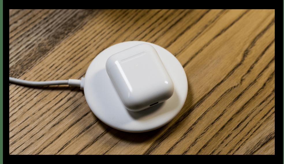 Зарядка наушников AirPods с поддержкой беспроводной зарядки