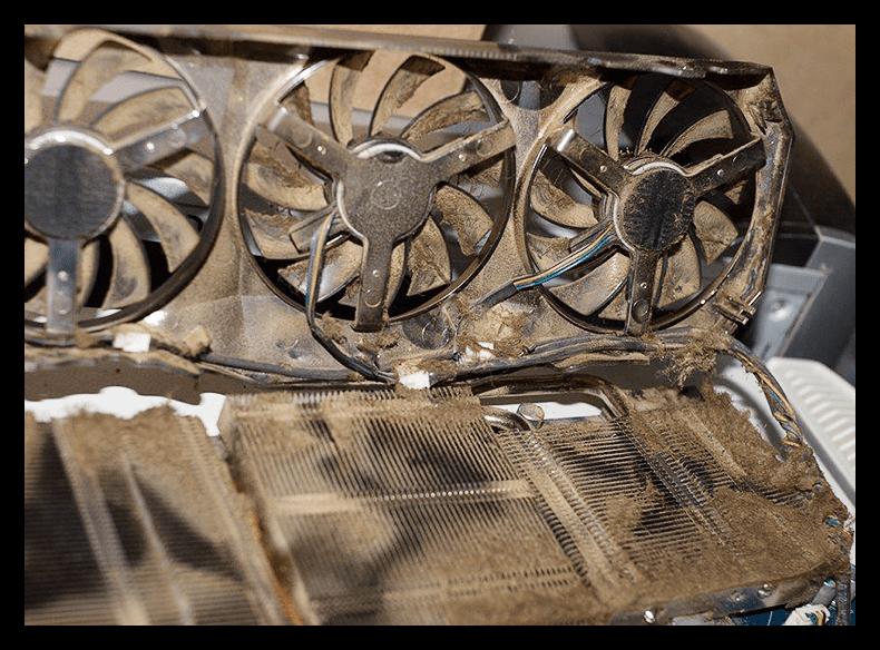 Забитая пылью система охлаждения на видеокарте
