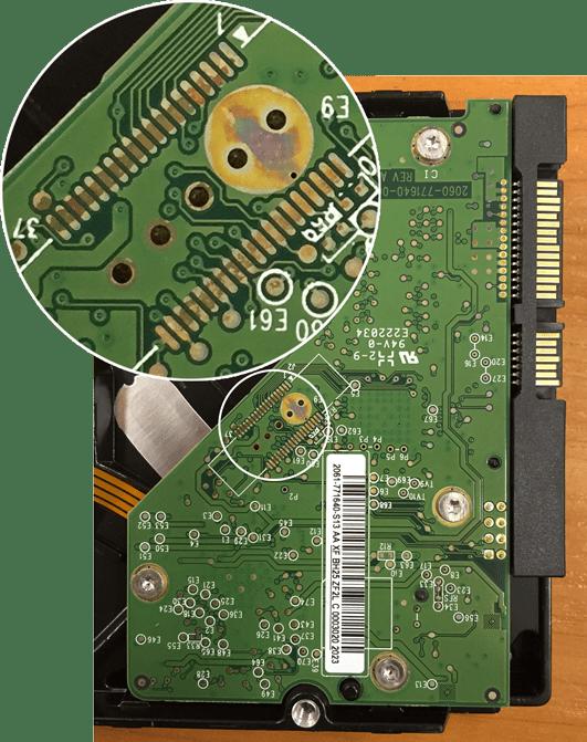 Окисленный контакт жесткого диска