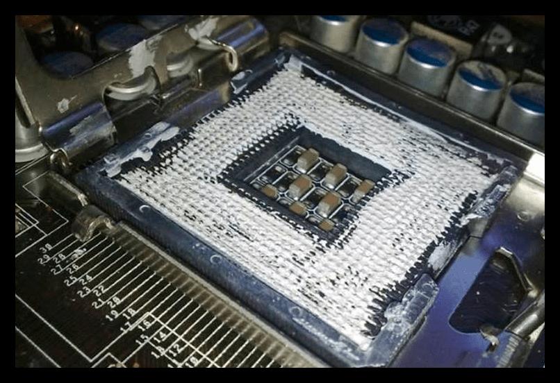 Решение проблемы с включением и мгновенным отключением компьютера