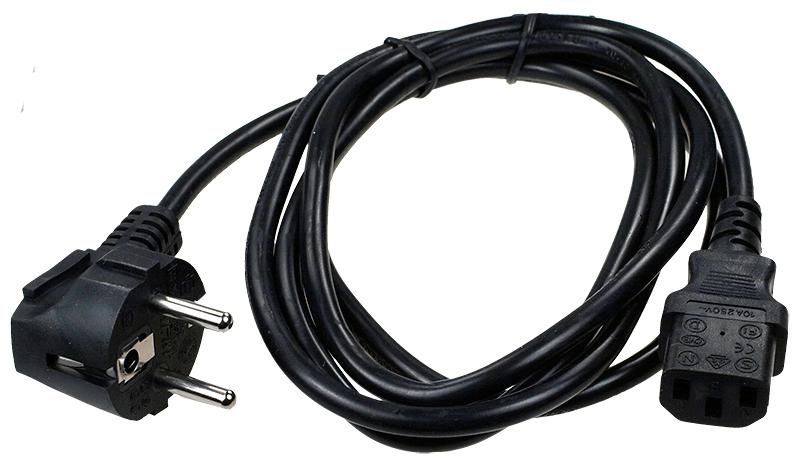 Процесс осмотра кабеля питания от компьютера