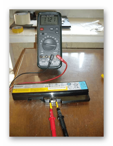 Успешно найденные контакты на батареи от ноутбука с помощью мультиметра