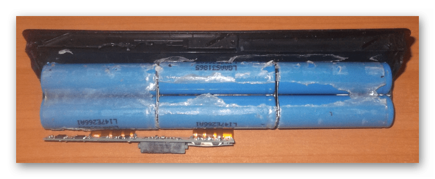 Отделение литий-ионных ячеек от корпуса батареи