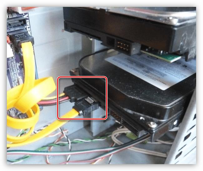 Шлейф данных и кабель питания жесткого диска