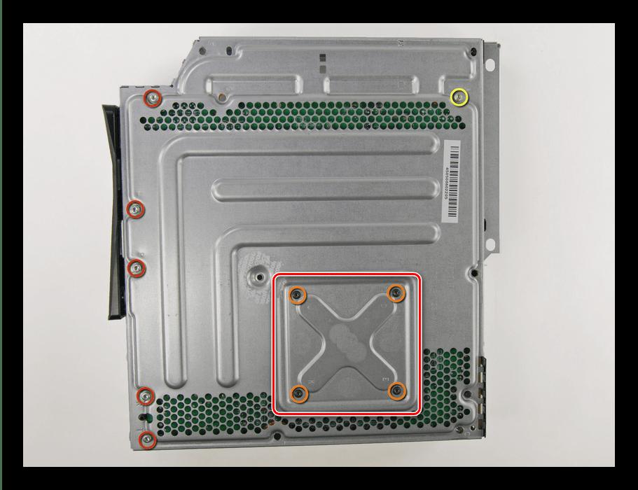 Начало разборки системы охлаждения Xbox 360 Slim