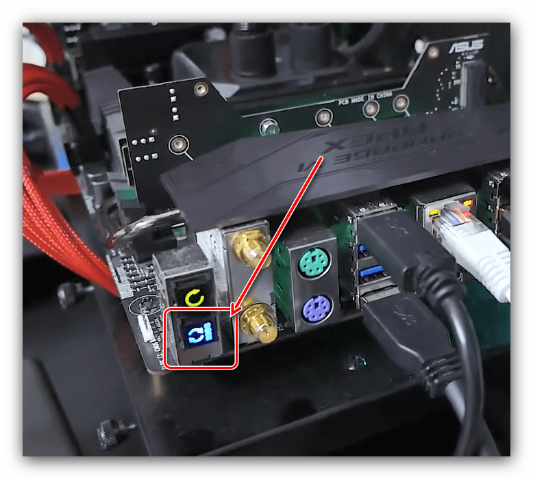 Кнопка запуска ASUS Flashback для отката версии BIOS