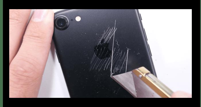 Проверка iPhone на наличие внешних дефектов при покупке с рук