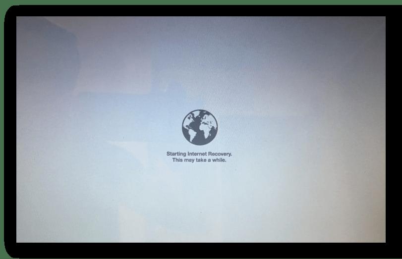 Процесс переустановки системы macOS способом через интернет