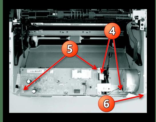 Снятие платы контроля двигателя при уверенностью  разборке принтера Canon