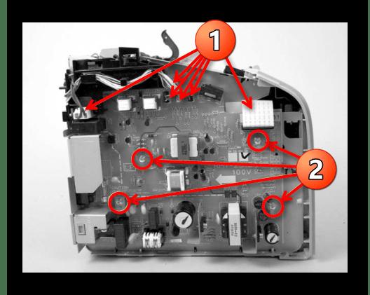 Снятие платы управления принтера Canon при его уверенностью  разборке