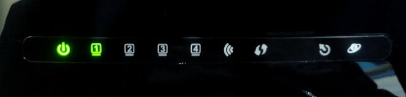 D-Link DSL-2640U светодиодные индикаторы на корпусе устройства