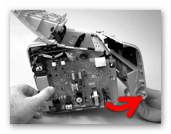 Снятие передней панели у принтера Canon после демонтажа иных   панелей
